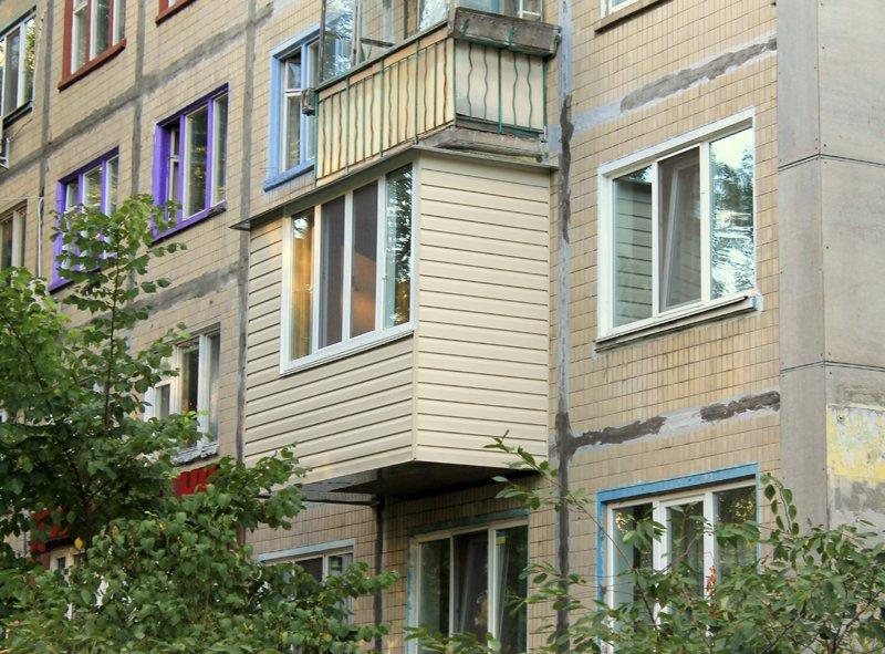 виды остекления балкона в хрущевке