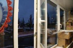 остекление балкона в брежневке фото