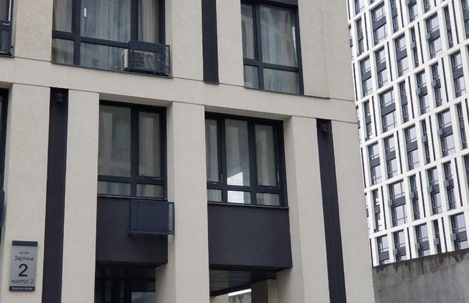 Окна в цвете антрацит, ул. Заречная 2 Киев