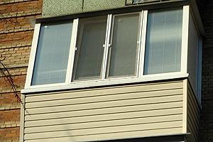 Ремонт балкона в кирпичной хрущевке