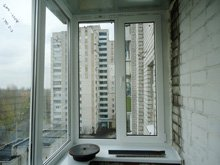 Застеклить балкон Киев фото